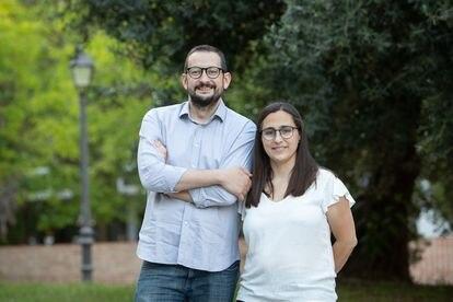 Alberto Soler y Kontxín Roger, psicólogos especializados en crianza e infancia, publican Tengo miedo (B de Blok),