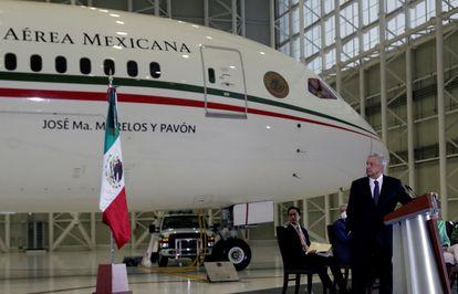López Obrador, durante la conferencia de prensa desde el Aeropuerto Internacional de la Ciudad de México. Lunes 27 de julio 2020.