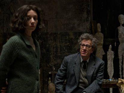 Sylvie Testud y Geoffrey Rush, como Giacometti en 'Final Portrait'. En vídeo, tráiler de 'Final Portrait'.