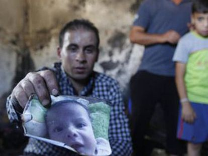Un niño palestino muere abrasado en un ataque de colonos israelíes