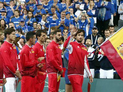 Bruguera, Carreño, Bautista, Ramos, Granollers y Feliciano, en el estadio Pierre Mauroy de Lille.