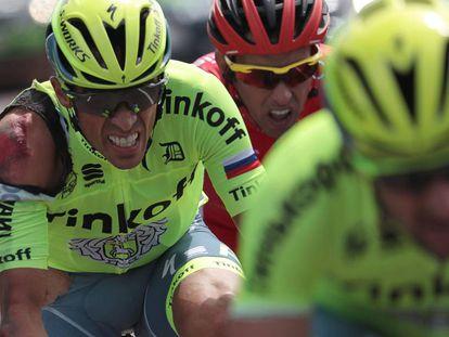 Contador, tras la caída.