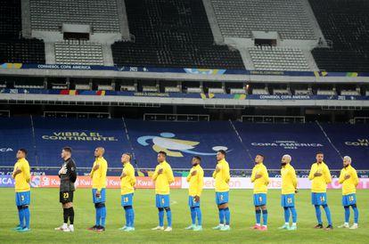 La selección de Brasil antes el partido contra Perú en la Copa América.