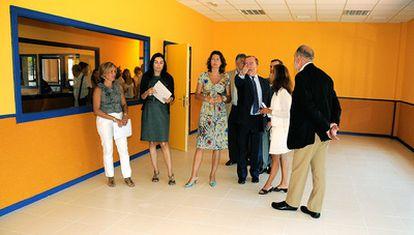 Figar, durante su visita a las obras del colegio Cortes de Cádiz en Sanchinarro.