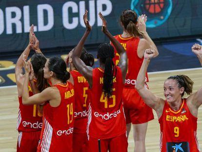 Laia Palau celebra el triunfo ante Japón