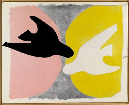 'Pájaro negro y pájaro blanco' (1960, Óleo sobre lienzo, 134 x 167,5 cm).