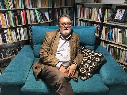 Gonzalo Sánchez, director del Centro Nacional de Memoria Histórica, en su biblioteca en Bogotá.
