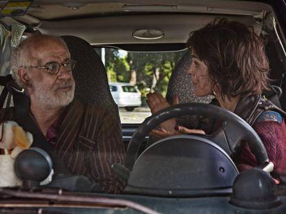 Toni Servillo y Verónica Echegui, en 'Déjate llevar'.
