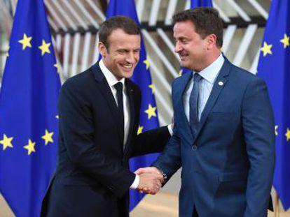 El mandatario luxemburgués Xavier Bettel se vale de un estilo cercano y directo alejado del habitual discurso político vacío