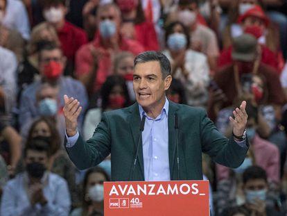 El presidente del Gobierno y secretario general del PSOE, Pedro Sánchez, interviene en la clausura de 40º Congreso federal.