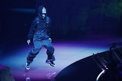 Justin Bieber performs at the MTV gala, where he won the award for best pop song.