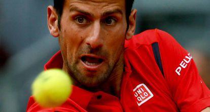 Djokovic, durante el partido contra Bautista.