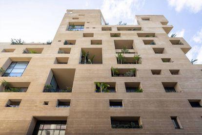 No resultó dañado el Stone Gardens de la arquitecta libanesa Lina Ghotmeh, un edificio de apartamentos de trazos angulares inspirado en la arquitectura tradicional.  