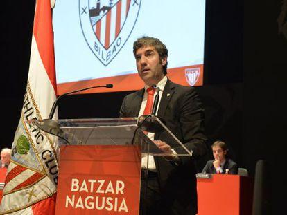 Josu Urrutia, en la anterior asamblea de compromisarios del Athletic.
