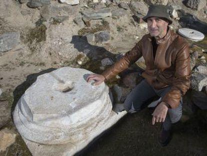 Un arqueólogo consigue explicar por qué se ocultaron una veintena de coronas de oro y otras joyas en una huerta a 15 kilómetros de Toledo