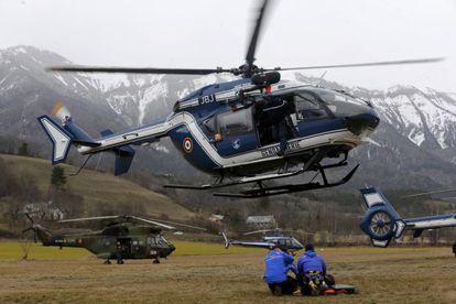 Personal de rescate en Seyne-les Alps (Francia)