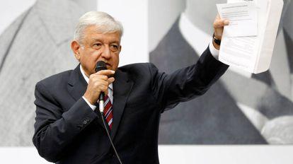 El presidente electo de México, Andrés Manuel López Obrador, durante una conferencia de prensa en Ciudad de México.