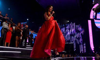 Camila Cabello, durante su actuación en la última edición de los premios MTV EMA celebrados en Bilbao.