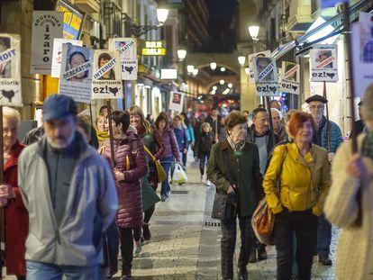 Familiares de presos de ETA se manifiestan en San Sebastián.