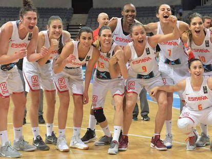 Las jugadoras españolas celebran el pase a la final