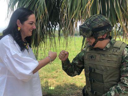 La senadora colombiana María Fernanda Cabal, en una imagen de sus redes sociales.