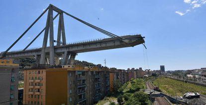 El puente Morandi, en Génova, tras el derrumbamiento de 2018.