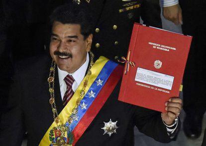 Maduro presenta en el Congreso su petición de poderes especiales.