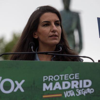 Dvd1051(28/04/21) Mitin de la candidata a la presidencia de la Comunidad de Madrid por Vox , Rocio Monasterio junto a Santiago Abascal en el parque Duque de Ahumada , Valdemoro Foto: Víctor Sainz