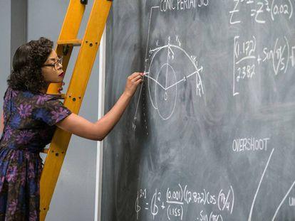 La mujer en la ciencia deja huella entre los estudios con más repercusión.