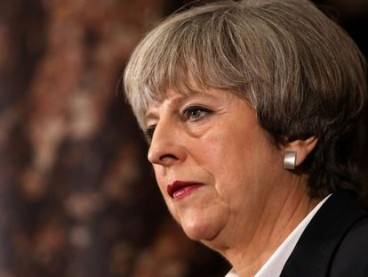 Theresa May durante un mitin del partido conservador en Londres, este lunes.