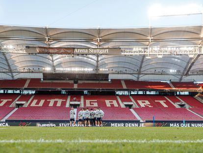 Los jugadores de la selección española de fútbol, durante un entrenamiento este este miércoles en Stuttgart, Alemania, de cara al partido de la Liga de Naciones.