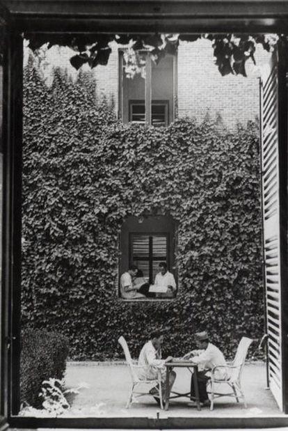 Una vista de los patios interiores de la Residencia, durante la Guerra Civil.