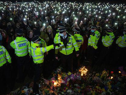 """Las mujeres en el Reino Unido dicen basta ante el caso Sarah Everard: """"Queremos calles seguras""""."""