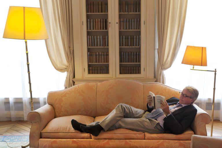 Antoine Gallimard, director de la editorial fundada por su abuelo, en su casa de París.
