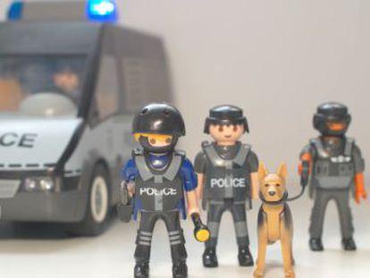 Las iniciativas policiales para hacer reír a los niños durante el confinamiento surgen en toda España