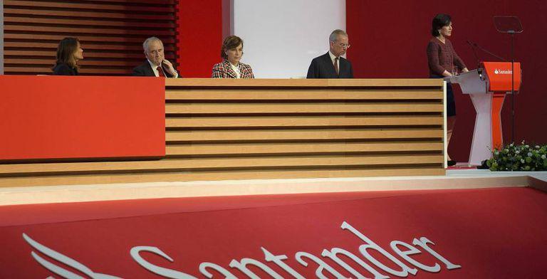 Imagen de la junta de accionistas de Banco Santander de 2019.