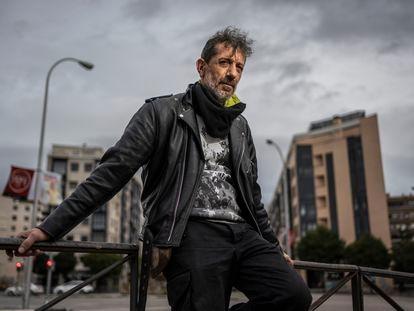 Manolo Kabezabolo, el pasado 10 de diciembre, en una glorieta del centro de Madrid.