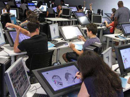 Alumnos del grado de Animación de U-Tad, en Madrid.