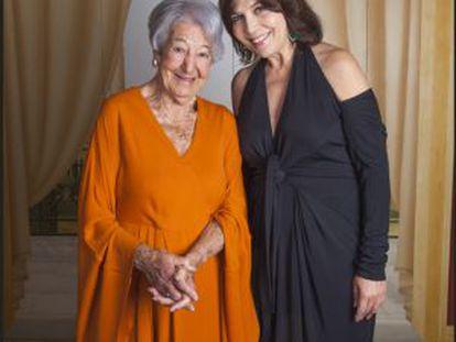 De izquierda a derecha, la actriz Asunción Balaguer y la cantante María Lavalle.