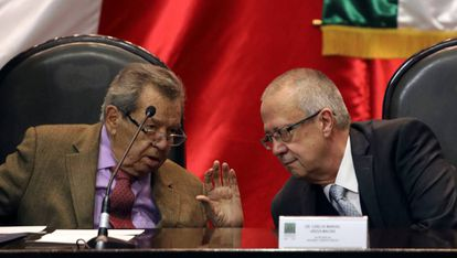 Porfirio Muñoz Ledo y Carlos Urzúa, este sábado.
