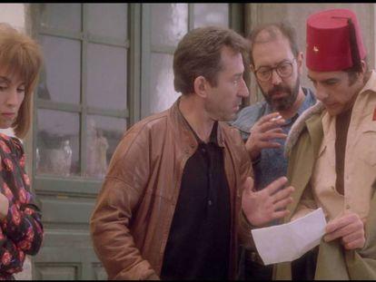 Desde la izquierda, Ana Belén, José Sacristán, Miguel Rellán y Juan Luis Galiardo, en 'El vuelo de la paloma'.