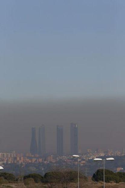 Contaminación sobre Madrid el pasado 5 de enero.