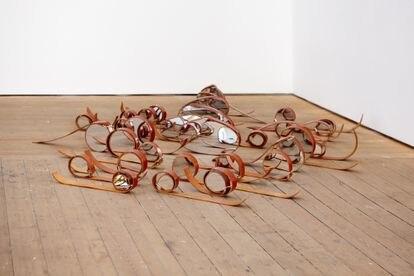 Obra de Julia Varela que forma parte de la exposición 'Bajo la superficie' de Conde Duque.