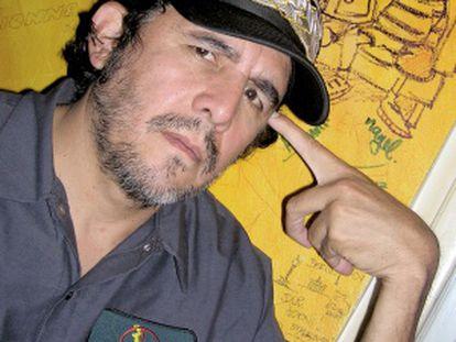 El escritor Guillermo Fadanelli.