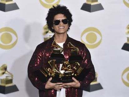 Bruno Mars ha sido la estrella de la 60ª edición de la gala celebrada en Nueva York