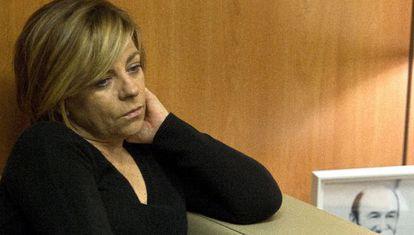 Elena Valenciano, vicesecretaria general del PSOE, en un despacho de la sede socialista de la calle de Ferraz, en Madrid