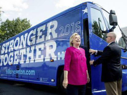 La campaña de Hillary Clinton reconoce la intromisión pero niega que los  hackers  comprometieran sus datos