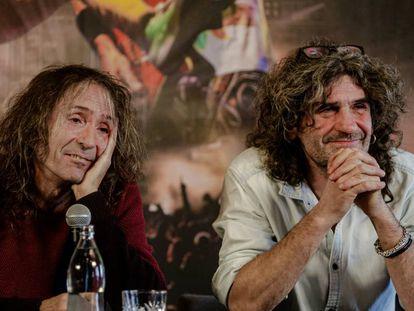 Roberto Iniesta e Iñaki 'Uoho' Antón de Extremoduro durante la rueda de prensa en Madrid.