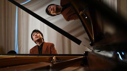 El pianista chino Lang Lang en Beijing, tocando las variaciones Goldberg.