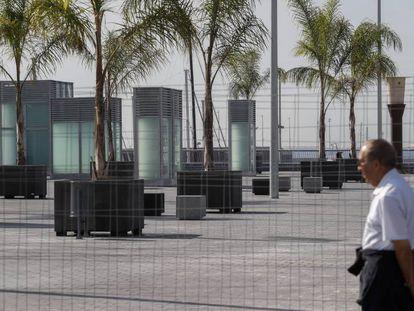 La plataforma de cemento donde el ex alcalde de Barcelona Joan Clos planeó ubicar un zoo.